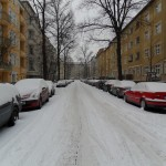 Strada innevata Berlino